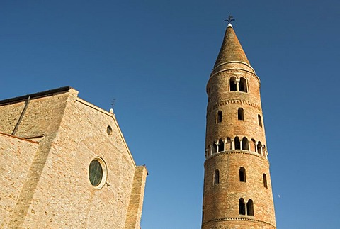 Romanesque Cathedral of St. Stephen, or Duomo, with cylindrical bell tower, Campanile, Caorle, Veneto, Italy, Europe