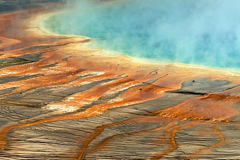 Grand Prismatic Spring, Midway Geyser Basin, Yellowstone National Park, Wyoming, USA, North America