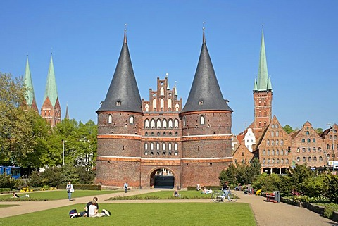 St. Mary's Church, Holsten Gate, St. Peter's Church and Salzspeicher salt storehouses, Luebeck, Schleswig-Holstein, Germany, Europe