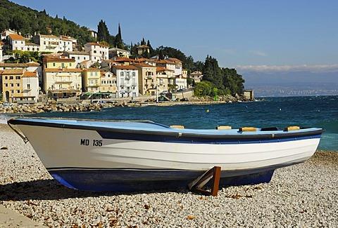 Fishing port in the Kvarner Gulf with a fishing boat on a pebble beach on the Croatian Adriatic coast, Moscenicka Draga, Kvarner Gulf, Istria, Croatia, Europe