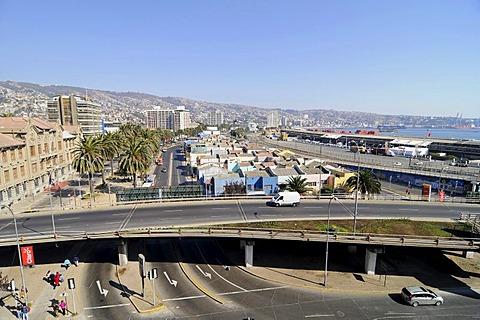 Streets, traffic, bridge, port, city panorama, Valparaiso, Chile, South America
