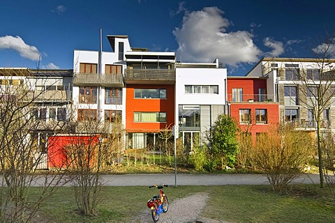 Low energy houses in the Vauban district, designed for the EXPO 2010 in Shanghai, Freiburg, Breisgau, Baden-Wuerttemberg, Germany, Europe