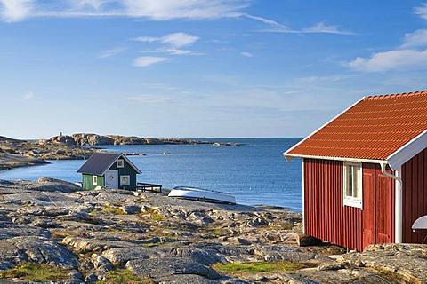 House on the waterfront, Smoegen, Bohuslaen, Sweden, Scandinavia, Europe