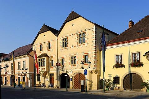 Old town hall, Marktplatz market square, Perchtoldsdorf, Industrieviertel quarter, Lower Austria, Europe