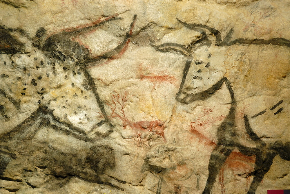 Cave painting from the stone age, Cheddar Man Museum of Prehistory, Cheddar, Somerset, England, United Kingdom, Europe