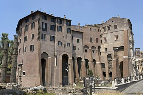 """Part of the Theater of Marcellus which was transformed by the Orsini family into a palace-fortress also known as """"Palazzo Orsini"""" or """"Case Orsini"""", Rome, Latium, Italy, Europe"""
