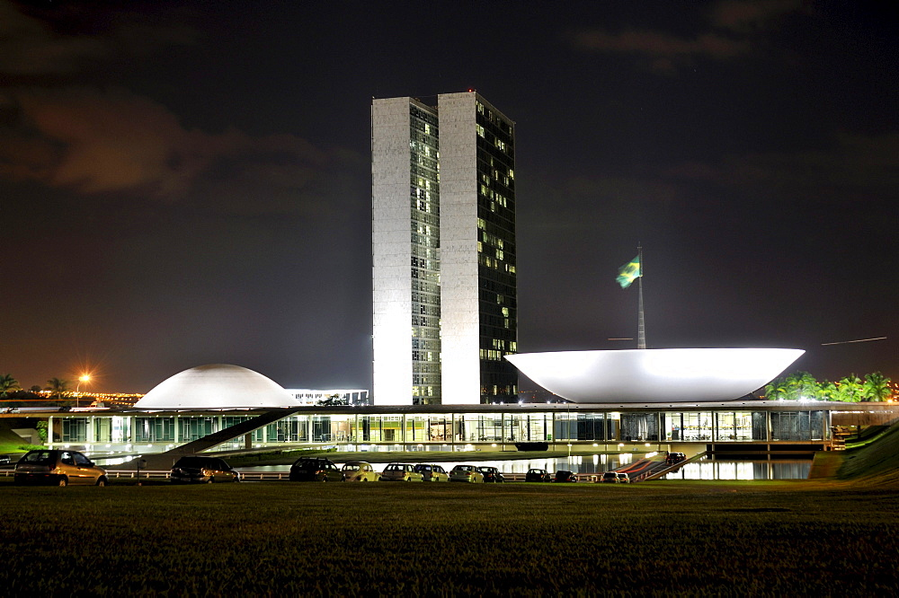 National Congress Building, Congresso Nacional, at night, architect Oscar Niemeyer, Brasilia, Distrito Federal, Brazilian Federal District, Brazil, South America