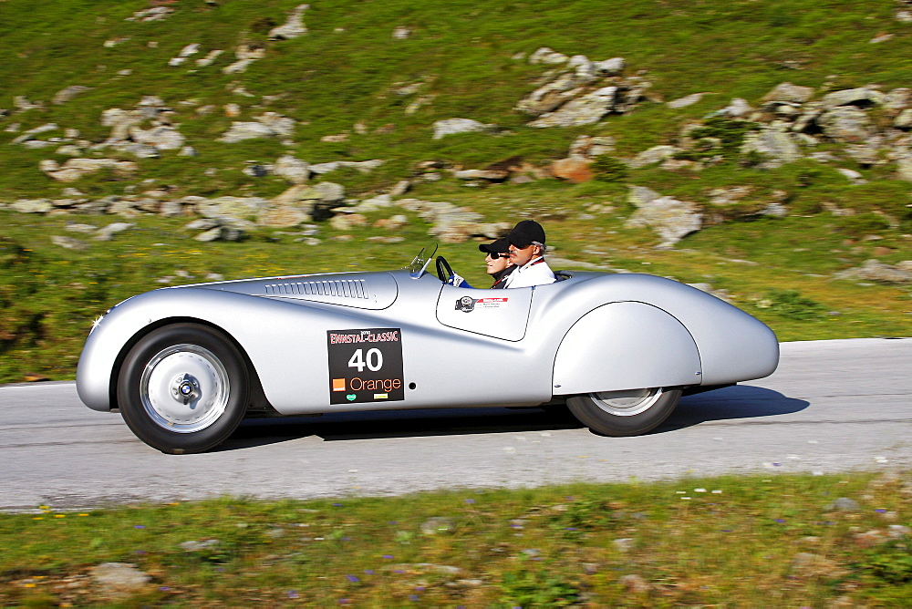 BMW 328 Roadster, built in 1939, Mille Miglia original from the BMW Museum, being driven by Mario Theissen, BMW Motorsport and Christian Klien, a former Formula 1 driver, Soelkpass, Ennstal Classic 2010 Vintage Car Rally, Groebming, Styria, Austria, Europ
