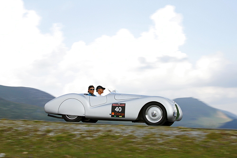 BMW 328 Roadster, built in 1939, Mille Miglia original from the BMW Museum, driven by Mario Theissen, head of BMW Motorsport and Christian Klien, a former Formula 1 driver, Nockalmstrasse, Ennstal Classic 2010 Vintage Car Rally, Groebming, Styria, Austria