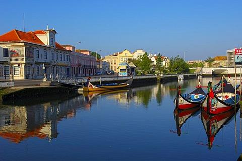 "Traditional boats ""Moliceiros"", Canal central, Aveiro, Beiras region, Portugal, Europe"