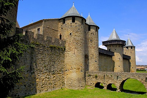 Chateau Comtal, 12th century, La Cite, medieval fortified town, Carcassonne, Aude, Languedoc-Roussillon, France, Europe
