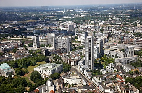 Downtown, with the philharmonic hall, bottom left, Aalto Theater, Opera, EVONIK headquarters and RWE Tower administrative building, right, Essen, North Rhine-Westphalia, Germany, Europe