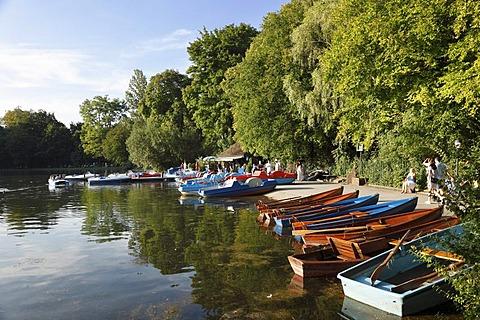 Boat rental, Kleinhesseloher See lake, Englischer Garten park, Munich, Upper Bavaria, Bavaria, Germany