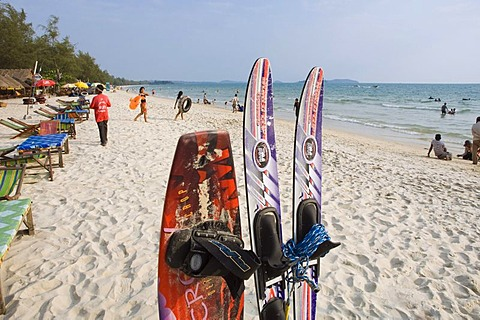Water skiing on Ochheuteal Beach, Sihanoukville, Cambodia, Indochina, Southeast Asia