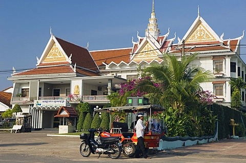 Seaside Hotel on Ochheuteal Beach, Sihanoukville, Cambodia, Indochina, Southeast Asia