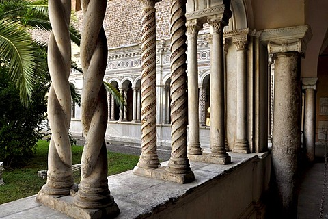 Columns, arcades, cloister, Basilica San Giovanni in Laterano, Rome, Lazio, Italy, Europe