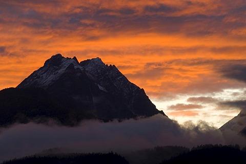 Hundskopf Mountain in front of Kleiner and Grosser Bettelwurf Mountains, seen from Schwaz, Karwendel, Tyrol, Austria, Europe