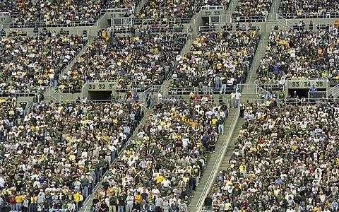 Spectators at the Autzen Stadium, Oregon Ducks, University of Oregon, Eugene, Oregon, USA