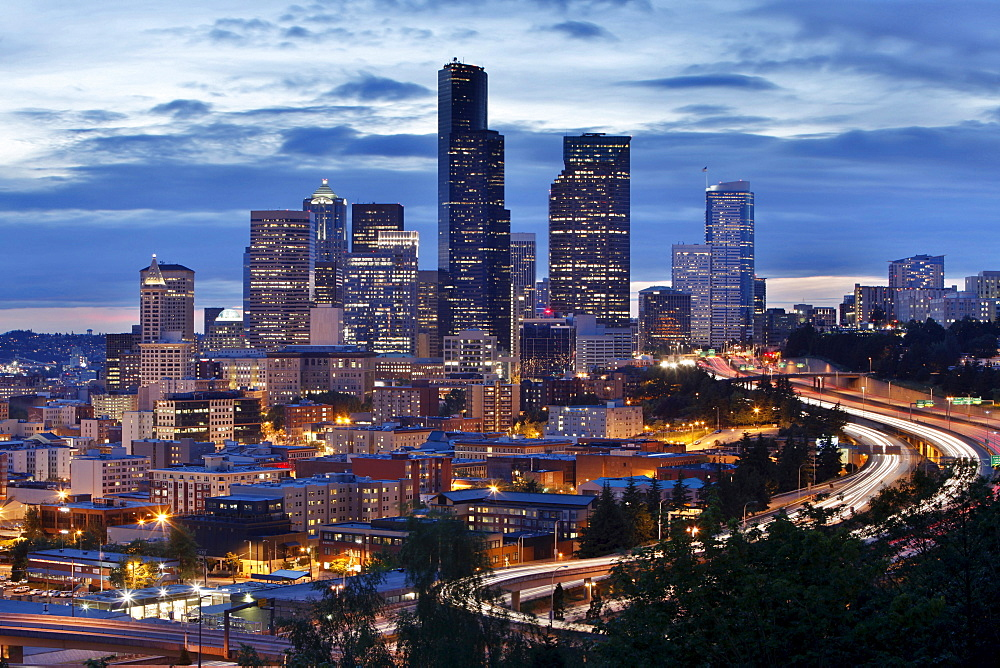 Cityscape of Seattle from the Doctor Jose Rizal Park, Seattle, Washington, USA