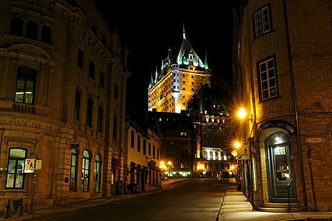 Street to the Chateau Frontenac castle in the historic old town of Quebec City, Quebec, Canada