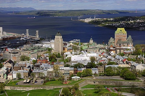 Historic town centre of Quebec City with the harbour and the St. Lawrence River, Quebec City, Quebec, Canada