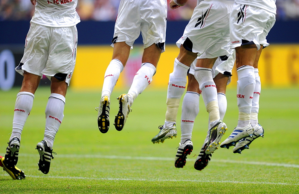 Cologne players jumping during free kick whilst standing in a wall, Liga total Cup 2010, League total Cup, match for third place between Hamburger SV and FC Koeln, end result Hamburg 3, Cologne 0, Schalke's Veltins-Arena, Gelsenkirchen, North Rhine-Westph