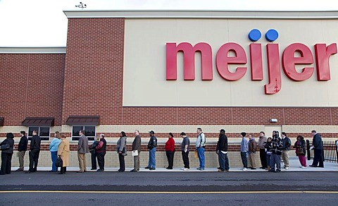 Unemployed residents of the Detroit area lined up to apply for 200 jobs at a new Meijer store, Rochester Hills, Michigan, USA