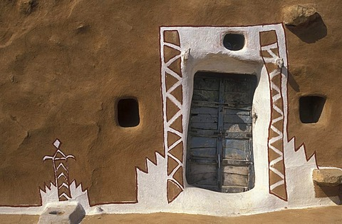 Front door, painted facade of a house, Thar Desert, Rajasthan, India, Asia