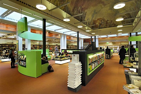 Bookstore, Fuenf Hoefe shopping gallery, Munich, Bavaria, Germany, Europe