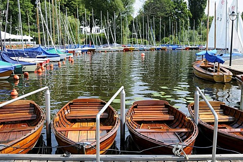 Boats on the Outer Alster in Hamburg, Germany, Europe