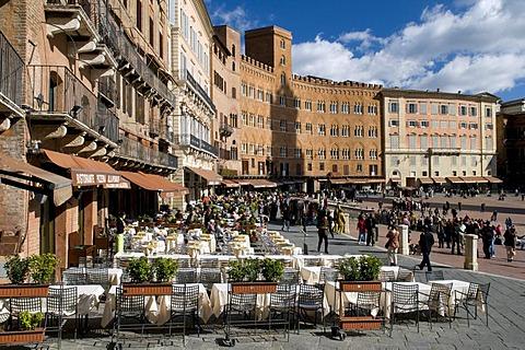 Piazza del Campo, Siena, Unesco World Heritage Site, Tuscany, Italy, Europe
