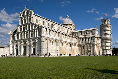 Cathedral of Santa Maria Assunta and Campanile Leaning Tower, UNESCO World Heritage, Pisa, Tuscany, Italy, Europe