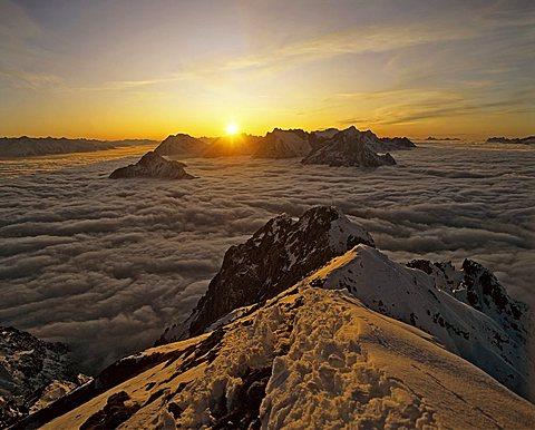 View from Karwendel to Linderspitze, fog, sunset, Wetterstein, Tyrol, Austria