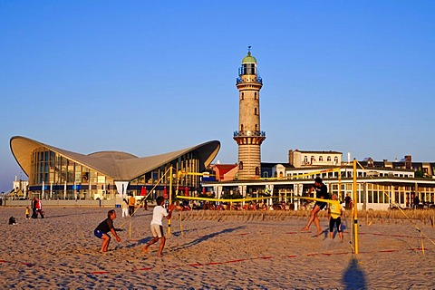Beach volleyball, beach, lighthouse, Baltic resort Warnemuende near Rostock, Mecklenburg-Western Pomerania, Germany, Europe