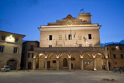 Historic building, illuminated, Montefalco, Umbria, Italy, Europe, PublicGround