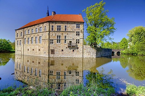Burg Luedinghausen moated castle, Luedinghausen, Muensterland region, North Rhine-Westphalia, Germany, Europe