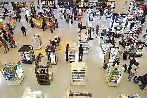 Duty-free zone, Doha International Airport, Doha, Qatar, Asia