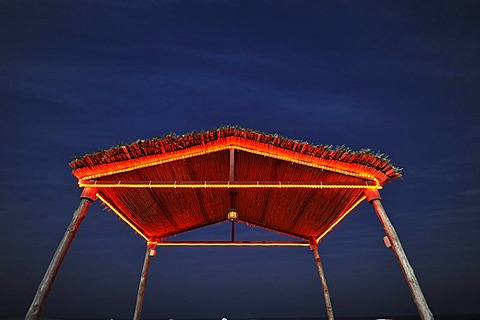 Night shot, roof, lido, lit up, Emirate of Qatar, Persian Gulf, Middle East, Asia