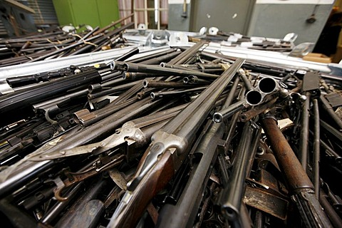 Illegal private arms, delivered and collected at the Landesamt fuer Zentrale Polizeiliche Dienste, Central Institute for Police Equipment and Technical Service, LZPD, North Rhine-Westphalia, Germany, Europe