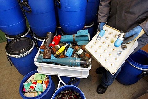 Illegal private arms and ammunition, delivered and collected at the Landesamt fuer Zentrale Polizeiliche Dienste, Central Institute for Police Equipment and Technical Service, LZPD, North Rhine-Westphalia, Germany, Europe