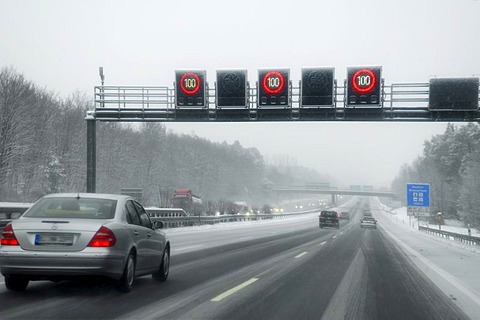 Automatic speed display board on the A9, wintery weather, Nuremberg, Middle Franconia, Bavaria Germany, Europe