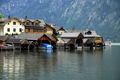Boathouses, Hallstatt at the Hallstaetter See, Lake Hallstatt, UNESCO World Heritage Site, Salzkammergut, Alps, Upper Austria, Europe