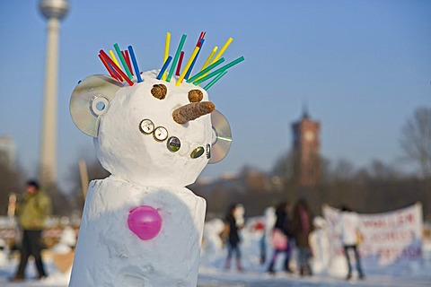 Snowman Demo 2010 on the Schlossplatz, Castle Square, Berlin, Germany, Europe