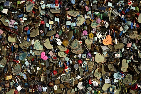 Padlocks and hearts with love letters on Mt. Namsan, South Korea, Asia