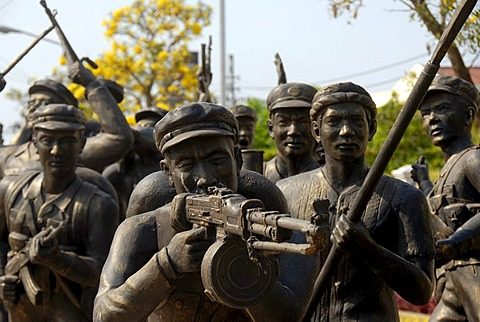 Bronze statues of Soldiers of the Second Indochina War, Army Museum, Vientiane, Laos, Southeast Asia, Asia