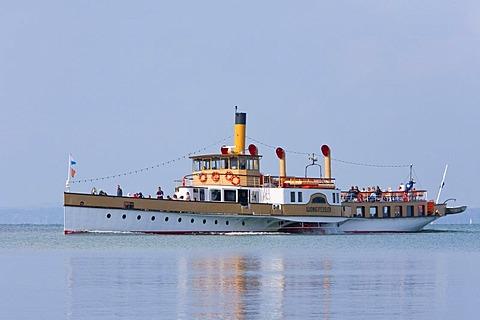 Paddle steamer Ludwig Fessler, built in 1926, ship, Chiemsee lake, Chiemgau, Bavaria, Germany, Europe