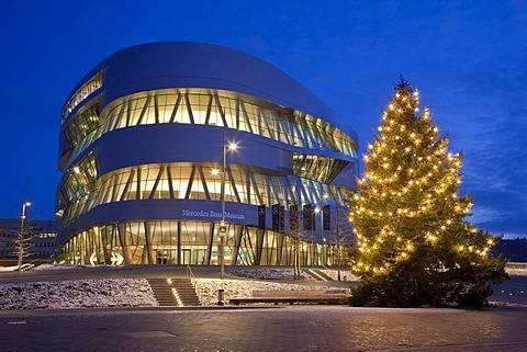 Mercedes-Benz Museum in the evening, lights, Christmas time, Christmas tree, winter, modern architecture, Daimler, Stuttgart, Baden-Wuerttemberg, Germany, Europe