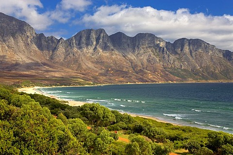 Landscape at Simons Bay, mountain range, beach, Simon's Town near Cape Town, Western Cape, South Africa, Africa