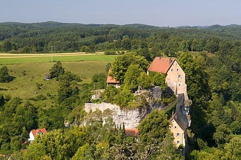 View from the Hohe Warte on Burg Pottenstein castle, Naturpark Fraenkische Schweiz nature preserve, Franconia, Bavaria, Germany, Europe