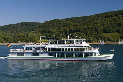 Passenger ship on the Biggesee reservoir near Olpe, Naturpark Ebbegebirge nature preserve, Sauerland region, North Rhine-Westphalia, Germany, Europe